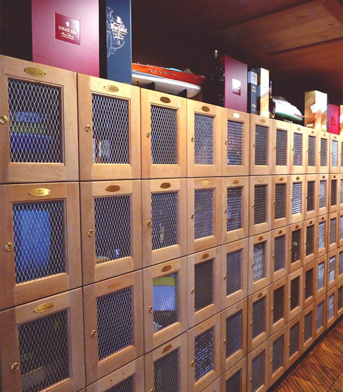 Cubano Room Lockers